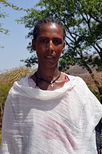 Melkam Embiale huolehtii, että paikalliset taloussuunnitelmat hyödyttävät yhtä paljon naisia ja miehiä. (Kuva: UN Women/Kristin Ivarsson)