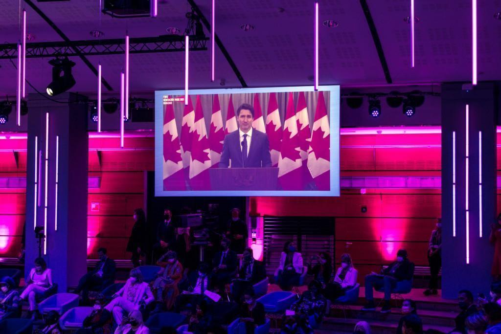 Kanadan pääministeri Justin Trudeau pitämässä etäpuheenvuoroa Pariisin Generation Equality -foorumin avajaistapahtumassa
