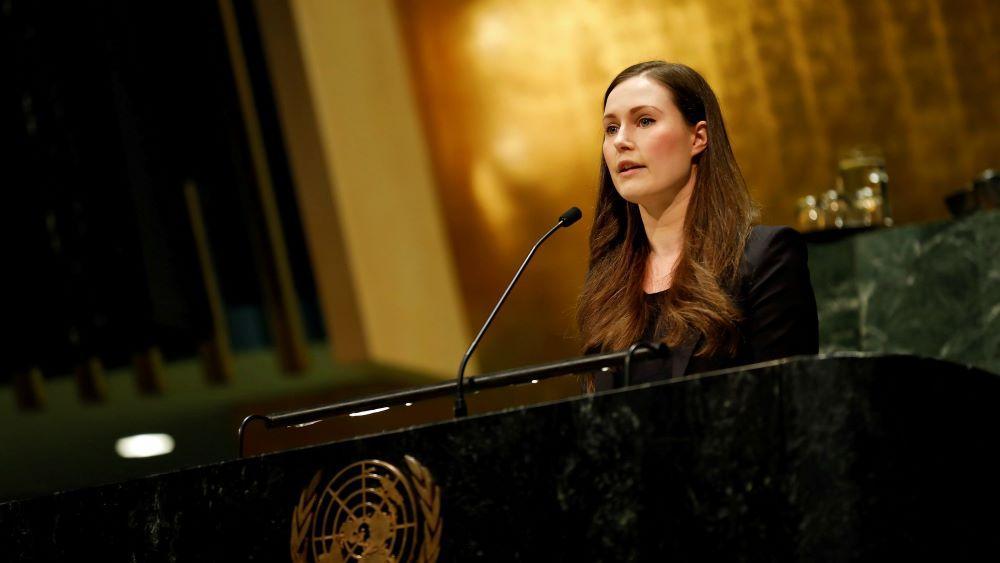 Kuvassa Suomen pääministeri Sanna Marin puhuu YK:ssa